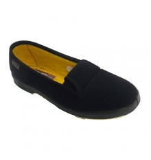 Slipper woman elderly person with rubber on the sides Doctor Cutillas in black