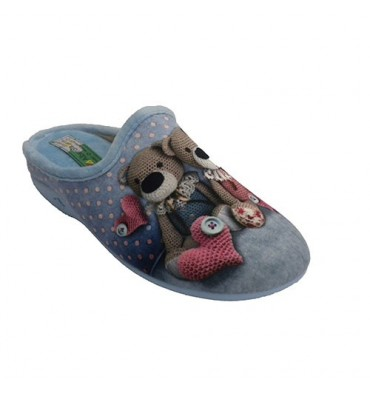 Shoe be home with spots open behind woman and teddy bears Alberola in heavenly