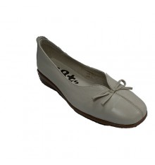 Woman shoes closed wedge low with tie 48 Hours in beig