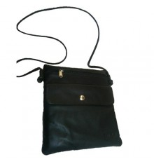 Rectangular bag with outside pocket Attanze in black