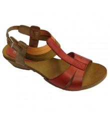 Strappy wedge sandals with ankle buckle clasp Rodri in red