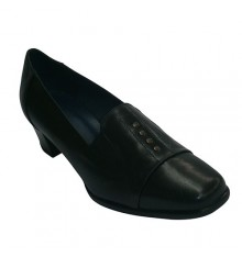 Wide heel shoes studded ornaments Pomares Vazquez in black