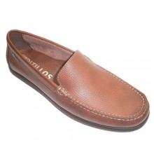 Smooth moccasin shoe type shovel Pitillos in medium brown