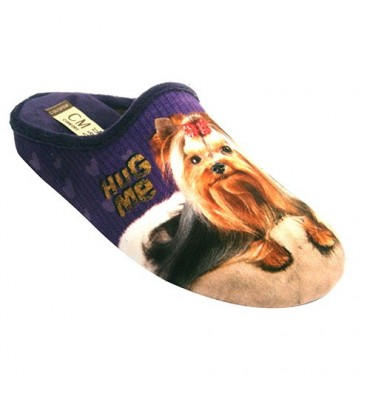Chancla be home woman with Yorkshire dog Calzamur in purple