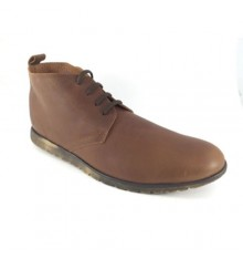 Young man Boot safari type Calzados España in brown