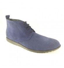 Young man boot in suede safari Calzados España in navy blue