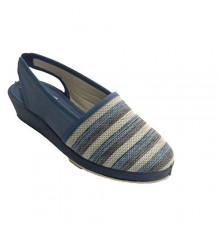Woman shoe shovel open behind stripes Soca in blue