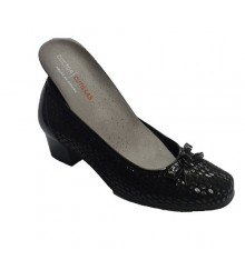 Women dress shoe type manoletinas Lycra for orthotics Doctor Cutillas in black