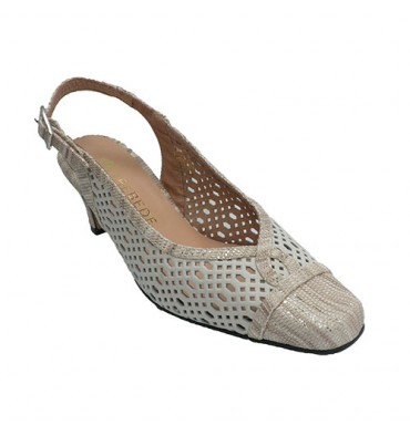 Open shoe from behind woman draped snake toe Trebede in beig