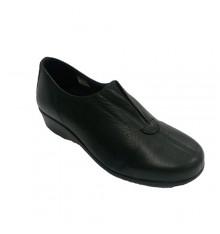Comfortable woman shoe elastic instep 48 Hours in black