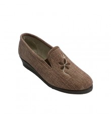 Women's sneaker in closed house with embroidery Ludiher in brown