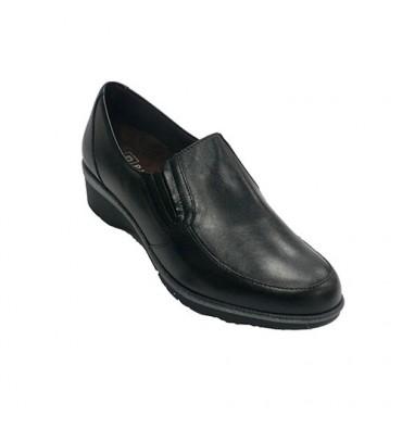 Zapato mujer pala lisa con cuña Pitillos en negro