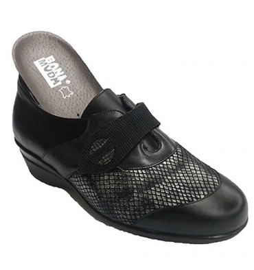 Woman shoe with Velcro and Lycra shovel special orthotics Manuel Almazan in black
