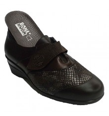 Woman shoe with Velcro and Lycra shovel special orthotics Manuel Almazan in brown
