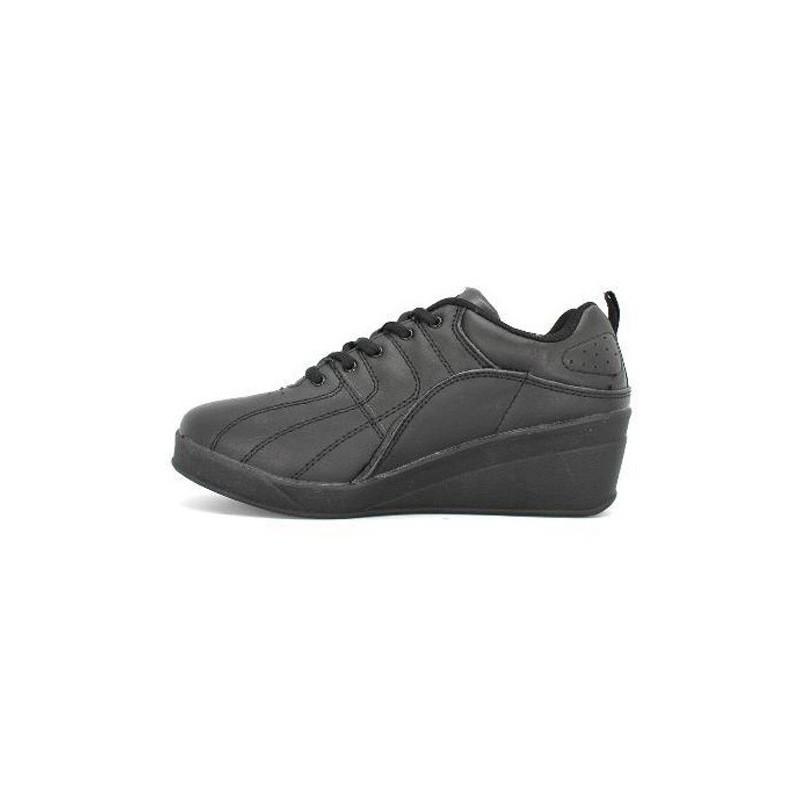 8353e49b0e8 Comprar Zapatillas deporte con cuña Kelme en negro online