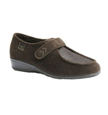 Velcro shoes very delicate feet Doctor Cutillas in brown
