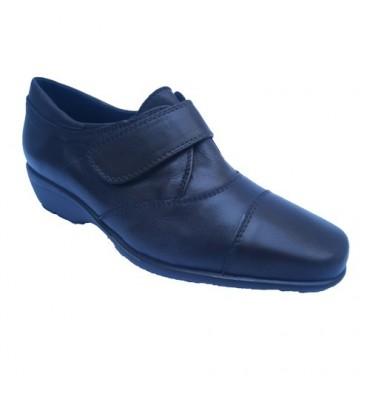Zapato cuña piso goma con velcro Pomares Vazquez en marrón