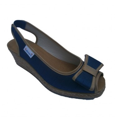 Esparto Wedge Slipper opened by the toe and heel with bow Salemera in blue
