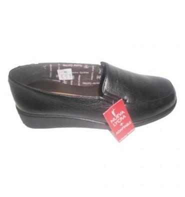 Sapato confortável com borracha nas laterais em preto Cutillas Doctor