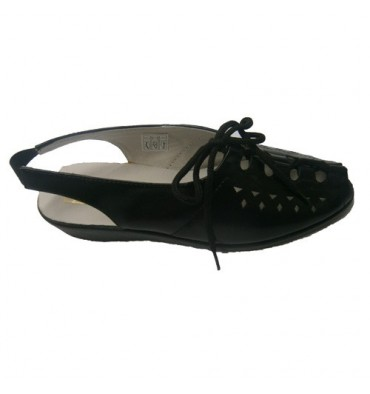 Sandalia de cordones Doctor Cutillas en negro