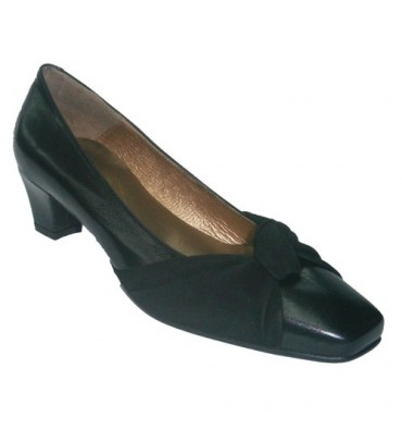 Zapato salón con lazo Ferglo en negro