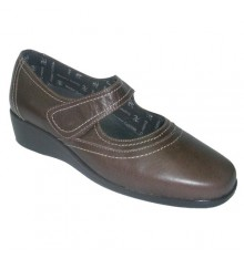 Mercedita wedge shoe velcro Doctor Cutillas in brown