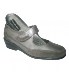 Mary Jane shoe with velcro and tube Tres Damas in metallic