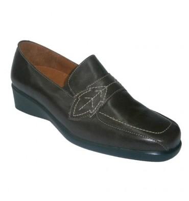 Zapato cuña con gomas Doctor Cutillas en marrón