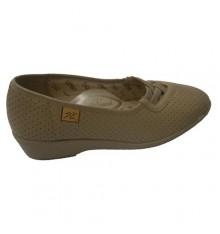 Zapato calado con gomas cruzadas Doctor Cutillas en beig