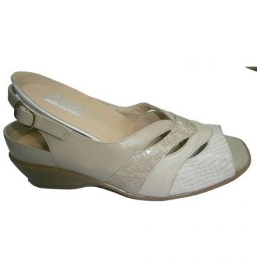 Sandalias especiales para plantillas ortopédicas pala con abertura Manuel Almazan en beig