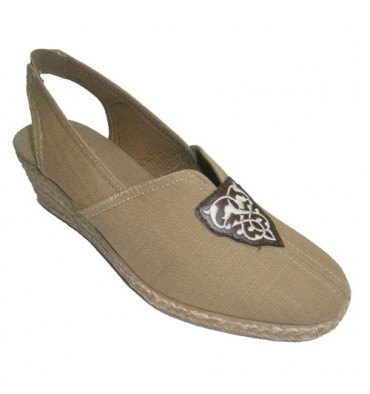 Esparto Wedge Slipper open at the heel and closed for the tip Salemera in brown