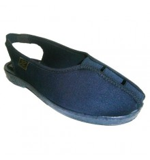 Shoes with rubber elastic instep Doctor Cutillas in navy blue