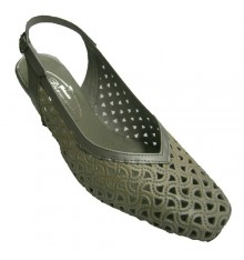 Open shoes back drafts combined two colors Pomares Vazquez in metallic