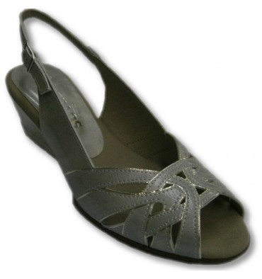 Sandals strips simulated cross silver border Pitillos in metallic