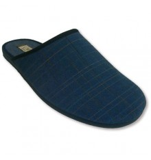 Sandals closed by the tip of canvas with very finite rayitas Calzamur in navy blue