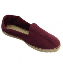 Hemp sandals herringbone fabric and rubber sole below Made in Spain in bordeaux