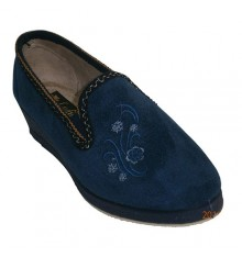 Closed shoes with embroidery on one side Ludiher in navy blue