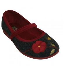 Zapatilla cerrada con pulsera bordado flores Lozoya en negro