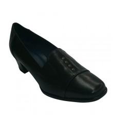 Zapato tacón ancho con tachuelas de adorno Pomares Vazquez en negro