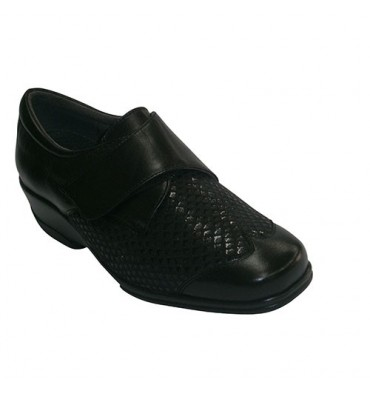 Shoes with Velcro elastic instep Manuel Almazan in black