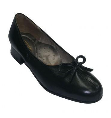 Zapatos ancho especial con tacón abertura en el centro con lazo Roldán en negro