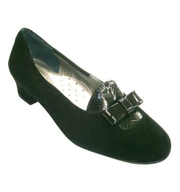 Zapato mujer de ante combinado con solapa y lazo de charol Roldán en negro