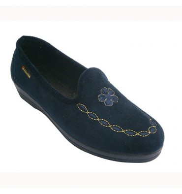 Shoe woman closed with embroidered flower on the shovel Alberola in navy blue