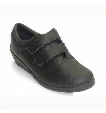 Sports woman with velcro wedge Fergar in black
