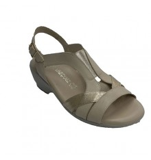 Woman sandal with elastic strips on the instep Pomares Vazquez in beig