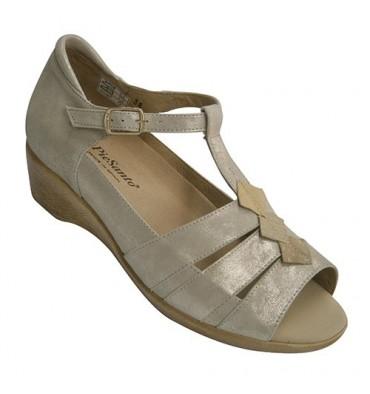 Woman orthotics sandal with heel Cerrado Pie Santo in beig