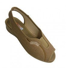 Woman shoes with open toe and heel strip behind Kuass in toasted