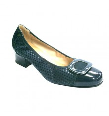 patent leather and nubuck combined manoletinas Roldán in navy blue