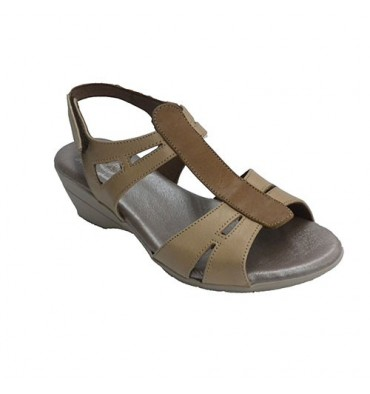 Woman sandal with central strip in another tone Clayan in light brown