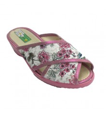 Chancla woman around the house crossed strips open toe and heel stamping flowers Alberola in fuchsia